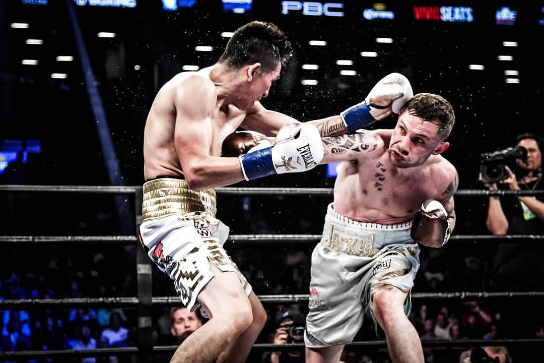 Carl Frampton vs. Leo Santa Cruz