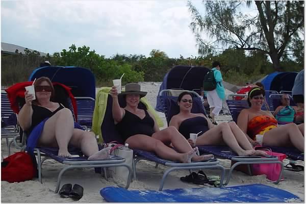 Dorothy, Tami, Robin, Kathy