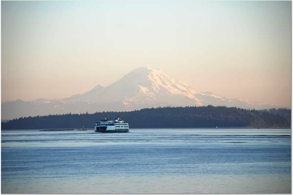 Mt Rainer with ferry